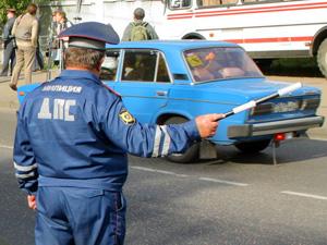 Сотрудник ДПС совместно с сотрудником уголовного розыска задержал воров на трассе!