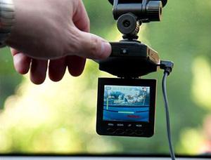 Видеорегистратор - беспристрастный свидетель в помощь автовладельцам.