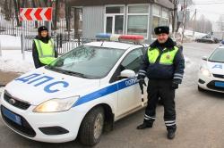 Красногорской Госавтоинспекцией проведен рейд ВНИМАНИЕ – ПЕШЕХОД! на улице Речная.