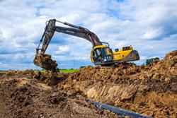 Более тысячи нарушений чистоты и порядка при проведении земляных работ устранено по предписаниям Госадмтехнадзора.