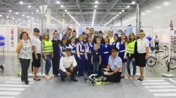 Выставку ретротехники и велогородок для юных участников дорожного движения организовали инспекторы гибдд на Московском Международном Автосалоне.