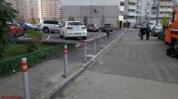 Противопаковочные ограждения обеспечат сохранность газонов и обезопасят пешеходные зоны.