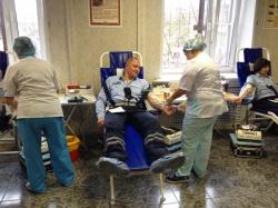 Сдача крови сотрудниками 1 полка ДПС (северный) ГИБДД ГУ МВД России по Московской области.