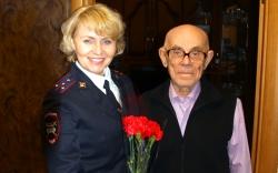 Отдел ГИБДД Красногорского района поздравил ветеранов службы с профессиональным праздником!