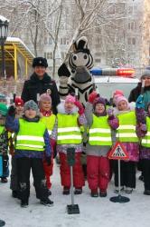 """Флешмоб """"Соблюдай ПДД!"""" провели красногорские дошкольники для своих родителей!"""