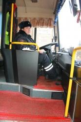 В период школьных зимних каникул 2018 инспекторы ГИБДД провели проверку школьных автобусов.