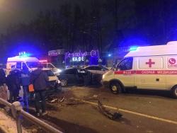 На Волоколамском шоссе в Красногорске, напротив ресторана «Гранатовый Сад» произошло ДТП.