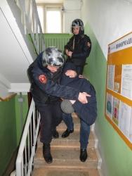 Сотрудники Росгвардии в п. Архангельское задержали мужчину угрожавшему 10-летнему ребенку убийством!