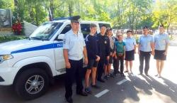 Сотрудники полиции УМВД России по го Красногорск рассказали детям о своей работе!