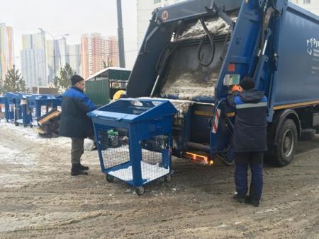 Региональный оператор приступил к вывозу «сухих» отходов в Красногорске.