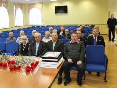 В УМВД России по г.о. Красногорск прошло торжественное мероприятие, посвященное Дню ветеранов органов внутренних дел и внутренних войск.