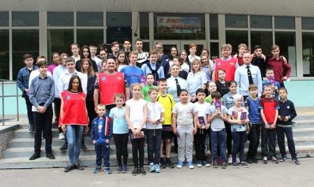 Сотрудники УМВД России по г.о. Красногорск провели акцию «Зарядка со стражем порядка».