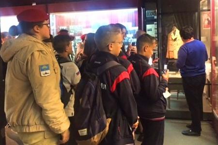 Делегатам детского международного форума рассказали об истории Красногорского музея.