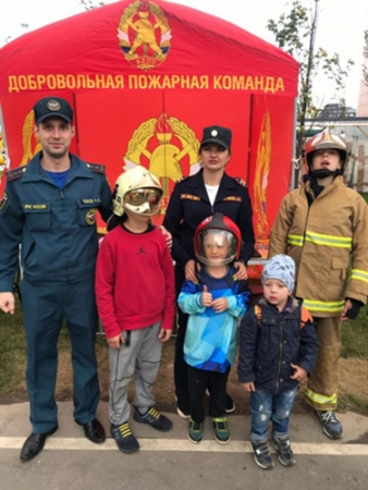 Встреча сотрудников пожарной охраны с жителями мкр Павшинская пойма!