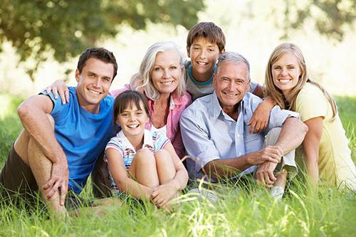 Бабка за дедку: как возник дефицит внуков и почему не стоит его бояться?